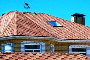 фото крыши дома из битумной черепицы